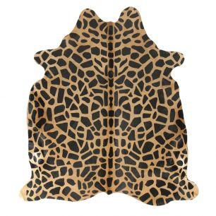 Carpet cow giraffe print (bos taurus taurus)