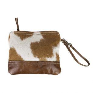 Make-up bag brown cow (bos taurus taurus)