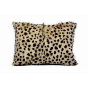 Cushion goat cheetah 30x50cm (capra aegagrus hircus)